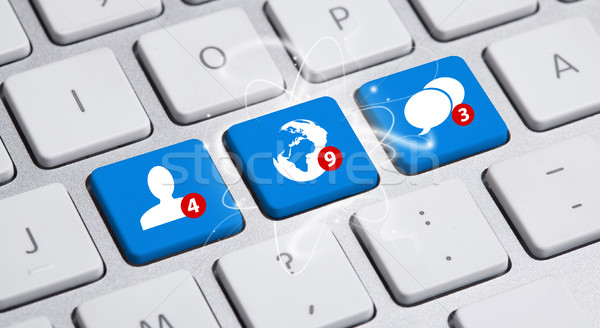 Social media button on keyboard Stock photo © ra2studio