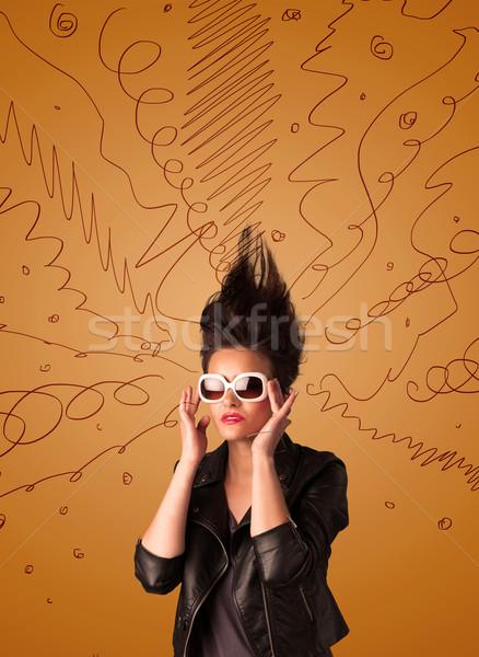 Heyecanlı genç kadın aşırı hatları kız Stok fotoğraf © ra2studio
