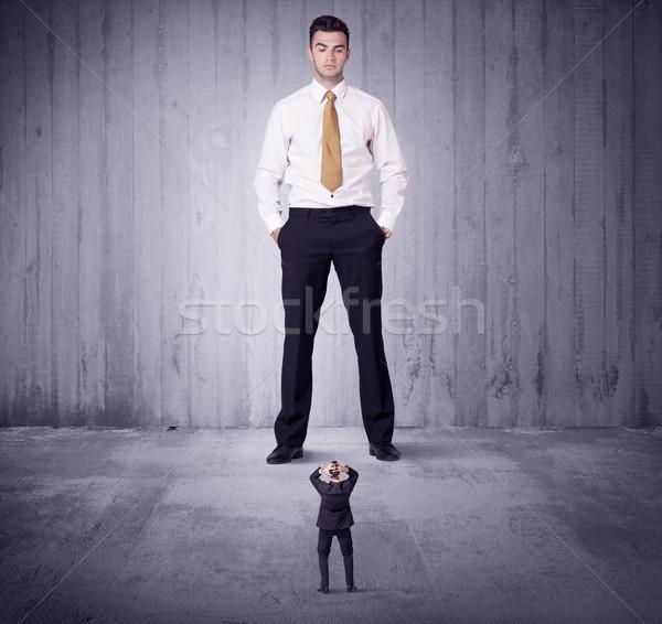 Hatalmas főnök kisvállalkozás férfi menedzser üzlet Stock fotó © ra2studio