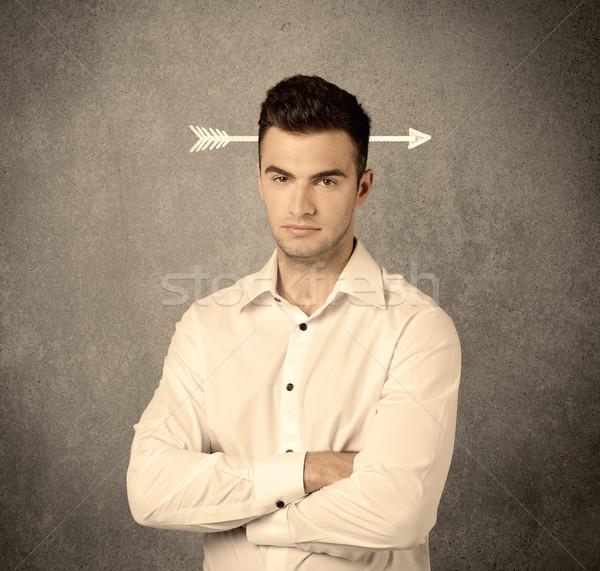 Młodych sprzedaży facet arrow głowie mylić Zdjęcia stock © ra2studio