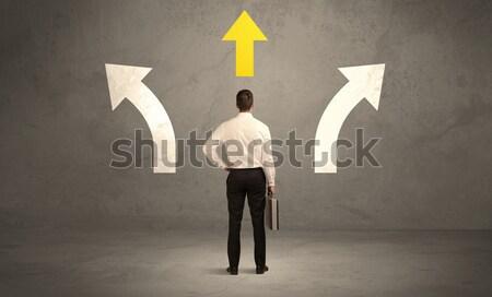 Satıcı doğru karar karışık işadamı Stok fotoğraf © ra2studio