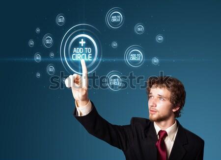 Biznesmen faktyczny mediów typu przyciski Zdjęcia stock © ra2studio