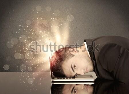 Boos zakenman lichten toetsenbord jonge depressief Stockfoto © ra2studio