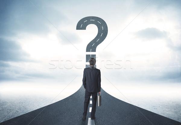 Stock fotó: üzletember · út · kérdőjel · felirat · üzlet · autó