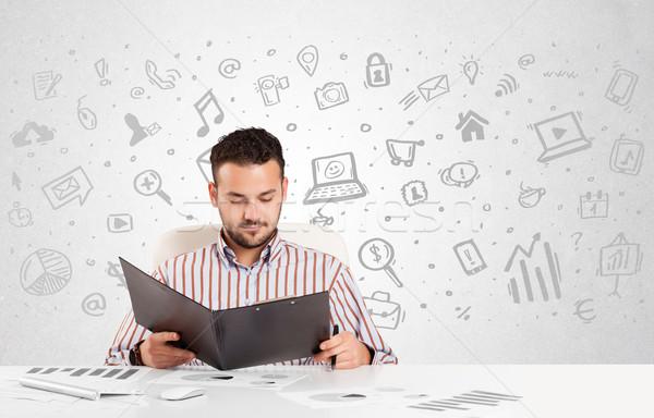 ビジネスマン 座って 表 手描き メディア アイコン ストックフォト © ra2studio