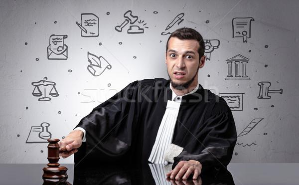Giovani giudice giudice simboli in giro bello Foto d'archivio © ra2studio