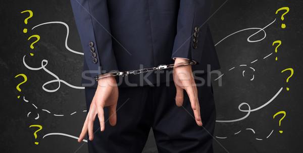 Vicino prigioniero mano domande in giro ora Foto d'archivio © ra2studio