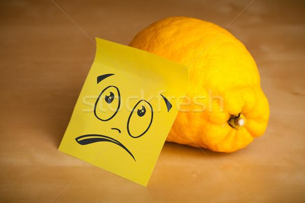 Foto stock: Nota · rosto · sorridente · limão · papel · cara