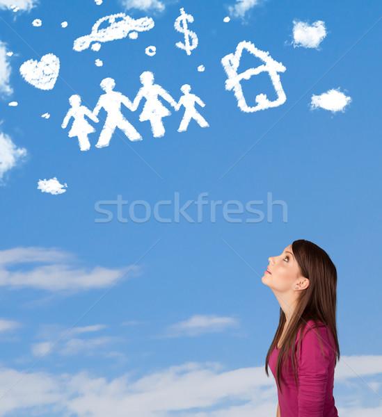 Jeune fille rêvasser famille domestique nuages ciel bleu Photo stock © ra2studio