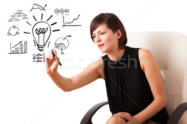Foto stock: Jovem · mulher · de · negócios · desenho · diagramas