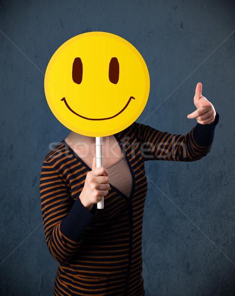 Mulher jovem rosto sorridente emoticon jovem senhora Foto stock © ra2studio