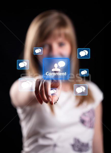 Nő kéz kisajtolás megjegyzés gomb arc Stock fotó © ra2studio