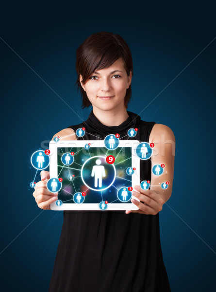 Stockfoto: Jonge · vrouw · tablet · iconen · mooie