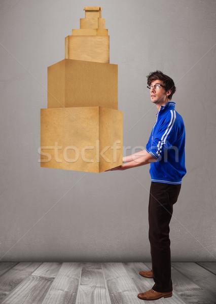 Jonge man ingesteld bruin karton dozen Stockfoto © ra2studio