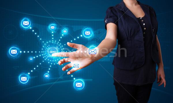 女性 バーチャル メッセージング タイプ アイコン ストックフォト © ra2studio