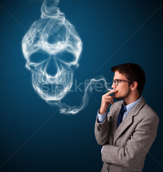 Fiatalember dohányzás veszélyes cigaretta mérgező koponya Stock fotó © ra2studio