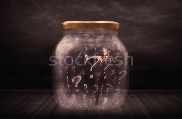 Foto stock: Empresário · trancado · jarra · pontos · de · interrogação · vidro · triste