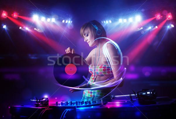 Stockfoto: Disc · jockey · meisje · spelen · muziek · licht · balk