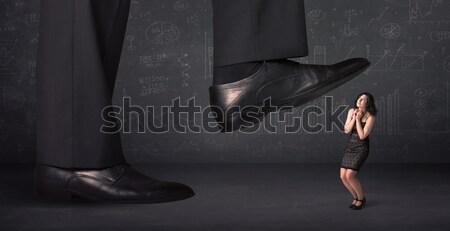 Enorme gamba minuscolo donna sfondo giovani Foto d'archivio © ra2studio