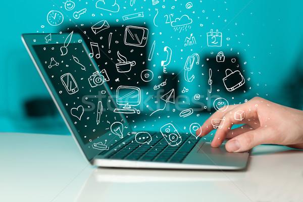 Сток-фото: портативного · компьютера · рисованной · иконки · телефон · человека