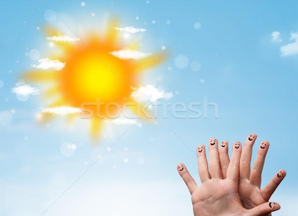 Derűs ujj emotikonok fényes nap felhők Stock fotó © ra2studio