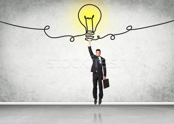 Stockfoto: Opknoping · zakenman · idee · lamp · achtergrond · ruimte
