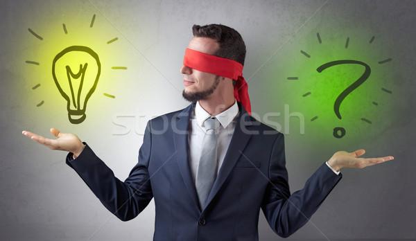 Empresario idea cuestión cubierto ojo bombilla Foto stock © ra2studio