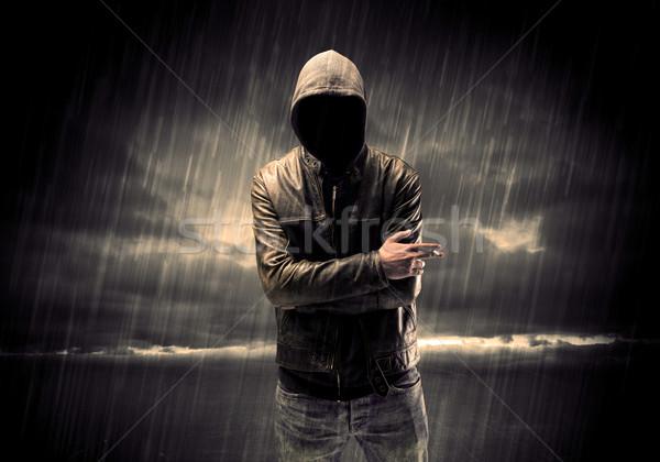 Anonyme terroriste nuit voleur méconnaissable permanent Photo stock © ra2studio
