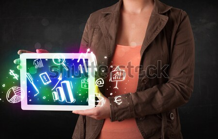 Jonge persoon tablet grafiek grafiek Stockfoto © ra2studio