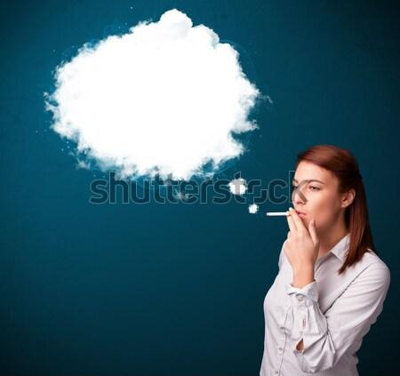 Fumar insalubre cigarrillo denso humo Foto stock © ra2studio