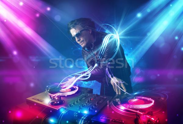 Energetico musica potente effetti di luce giovani party Foto d'archivio © ra2studio