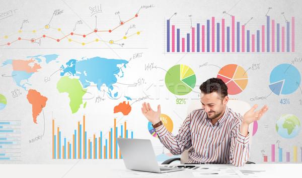 Zakenman kleurrijk charts grafieken business geld Stockfoto © ra2studio