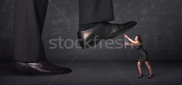 Enorme pierna minúsculo mujer fondo traje Foto stock © ra2studio