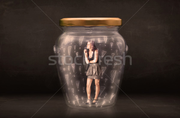 Zakenvrouw gevangen jar glas triest teen Stockfoto © ra2studio