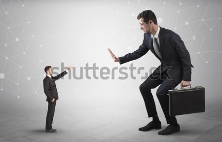 Kicsi férfi nagy hálózat üzletember kapcsolat Stock fotó © ra2studio
