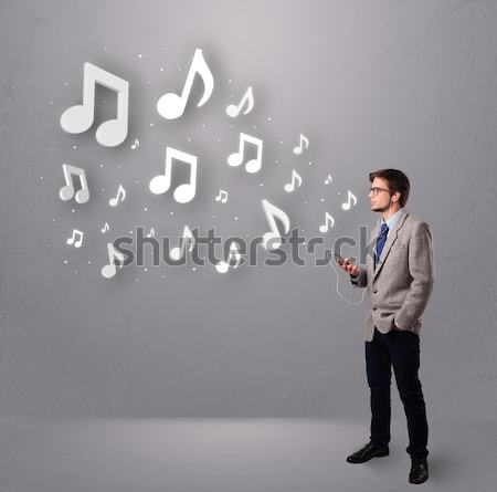 Bastante cantando escuchar música notas musicales fuera Foto stock © ra2studio