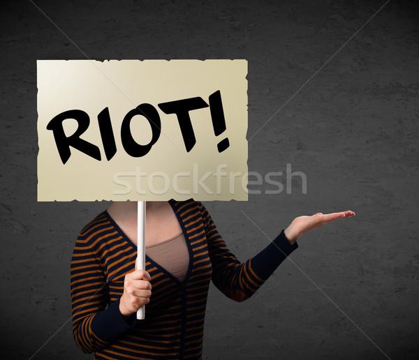 Jonge vrouw protest teken demonstratie boord Stockfoto © ra2studio