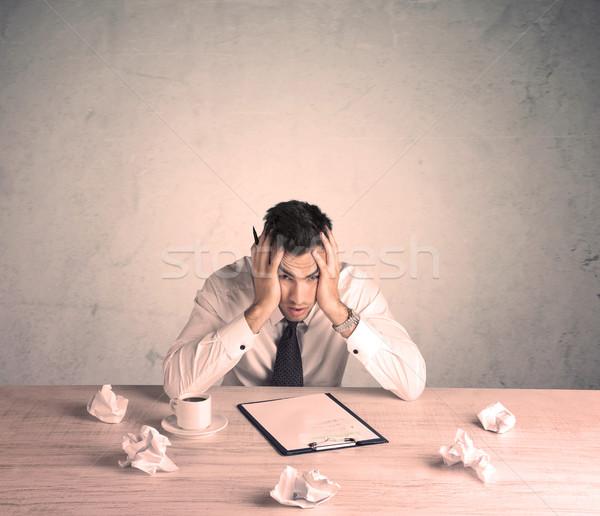 ビジネスマン 作業 小さな 事務員 座って ストックフォト © ra2studio