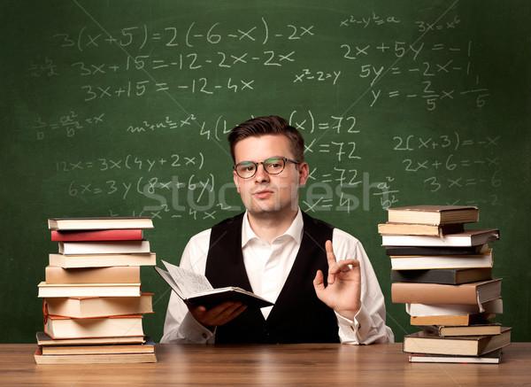 Matematyki nauczyciel biurko młodych ambitny okulary Zdjęcia stock © ra2studio