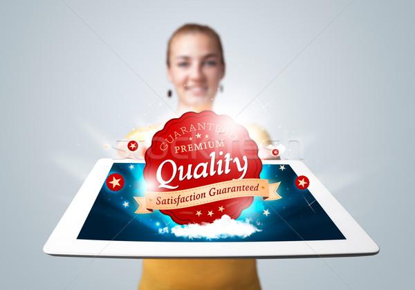 Stockfoto: Vrouw · tablet · Rood · kwaliteit · label