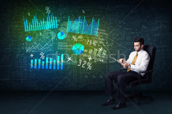 ビジネスマン 事務椅子 タブレット 手 高い ハイテク ストックフォト © ra2studio