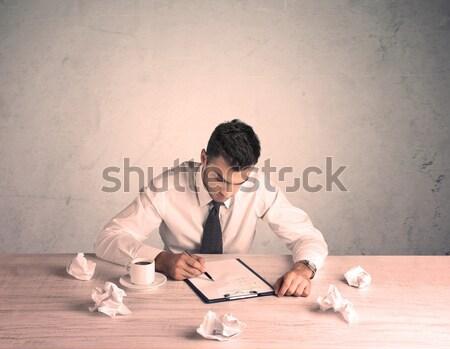 Imprenditore lavoro giovani impiegato seduta Foto d'archivio © ra2studio