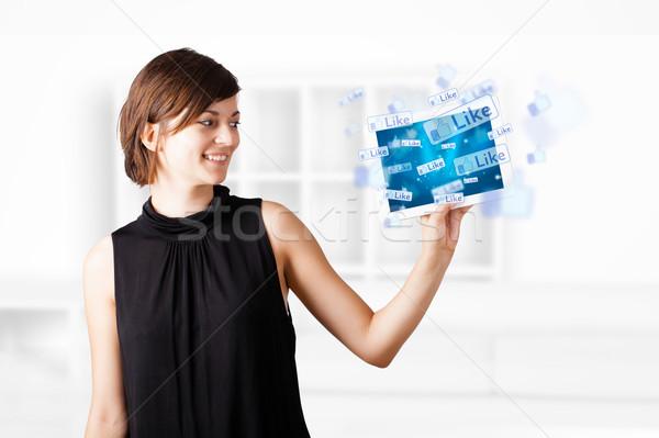 Сток-фото: глядя · современных · таблетка · социальной · иконки