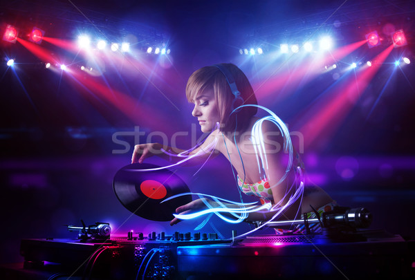 ディスクジョッキー 少女 演奏 音楽 光 ビーム ストックフォト © ra2studio
