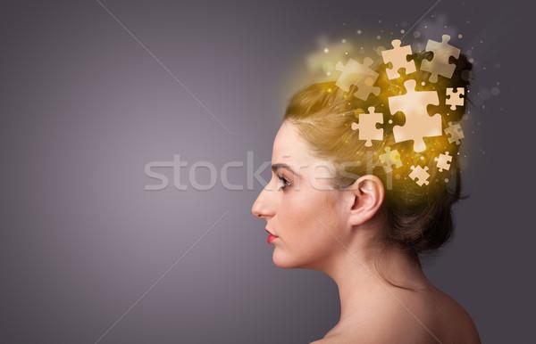Młodych osoby myślenia puzzle umysł Zdjęcia stock © ra2studio