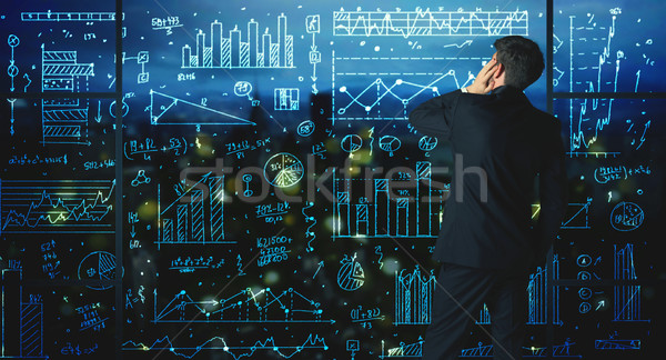 Disegno imprenditore statistiche business vetro muro Foto d'archivio © ra2studio