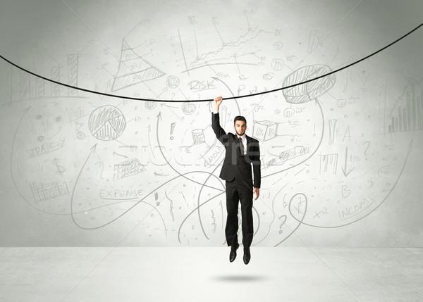 Opknoping zakenman touw analyse grafieken hand Stockfoto © ra2studio