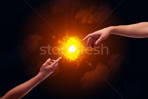 Brasão sol dois nu masculino mãos Foto stock © ra2studio