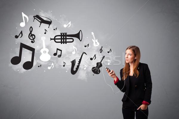 Schönen singen Musik hören Musiknoten heraus Stock foto © ra2studio