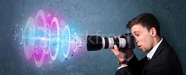 Fotós készít fotók erőteljes fény nyaláb Stock fotó © ra2studio